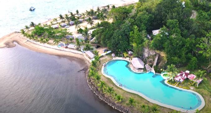 Santa Rita Island Resort -Pool